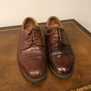 Johnston & Murphy 9 1/2 Lace up Brown Dress Shoes